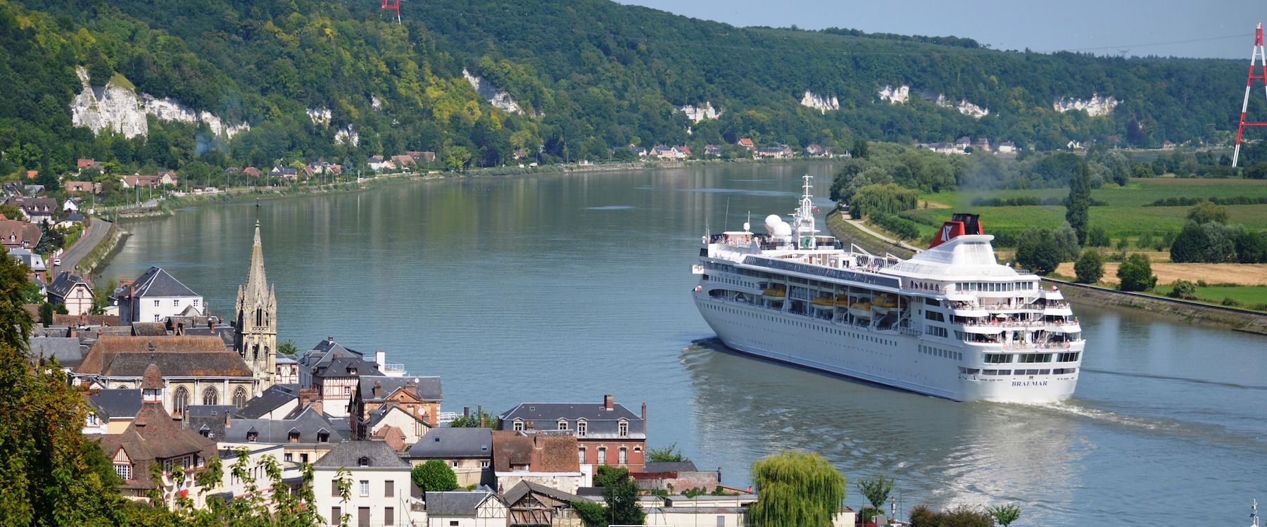 Fred Olsen's Balmoral departing Rouen, France